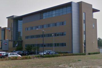 Staal gevel kantoor SIDN Arnhem